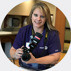 Mom365 employee testimonial: Connie, Photographer